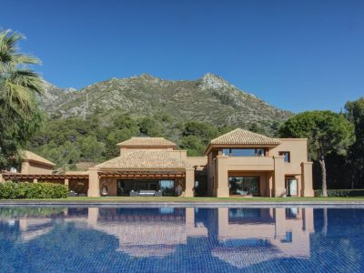 Exceptional contemporary villa in superb location