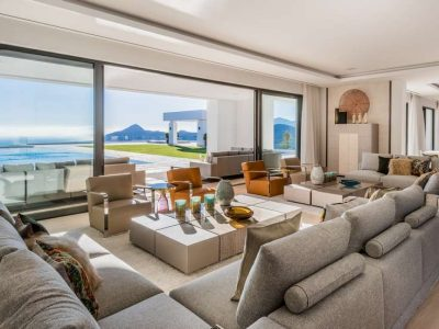 Brand-new mansion with panoramic views in La Zagaleta 02