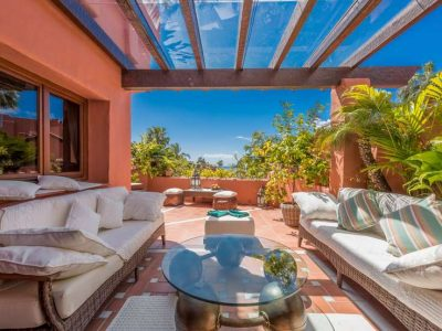 Luxury Frontline Beach Penthouse, New Golden Mile, Marbella
