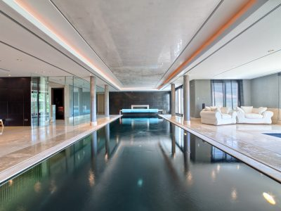 39 Indoor pool