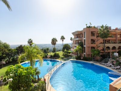 Well Located Apartment with Sea Views, Nueva Andalucia, Marbella
