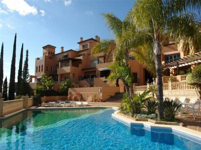 Spacious Duplex Penthouse with Spectacular Sea Views, Nueva Andalucia, Marbella