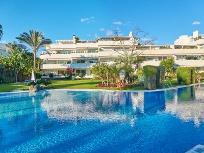 Luxury Front Line Golf Apartment, Nueva Andalucia, Marbella