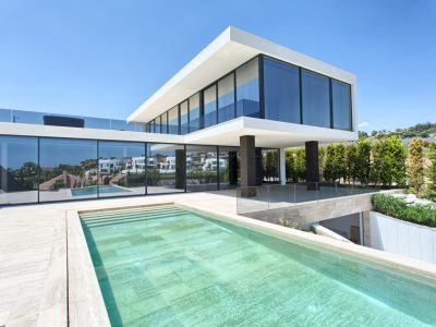 Top Quality Contemporary Villa in Golf Valley, Marbella