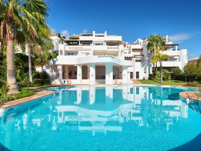 3 Bedroom Ground Floor Apartment in Benahavis, Marbella