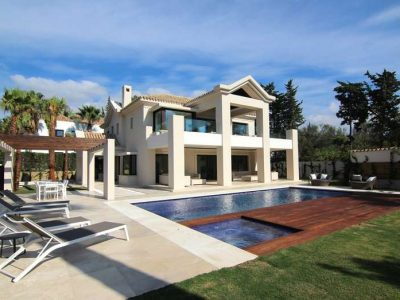 Outstanding Modern Beachside Villa, Golden Mile, Marbella