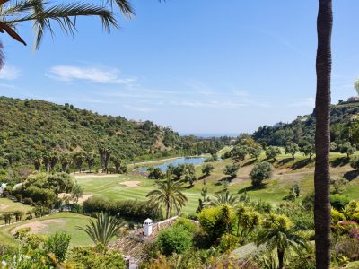 Spacious Duplex Penthouse in La Quinta Golf, Benahavis, Marbella