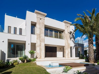 New Exquisite Villa Walking Distance to the Beach in Golden Mile, Marbella