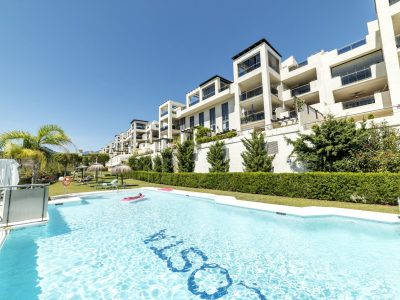 Modern Style Penthouse in Golf Resort Los Flamingos, Marbella