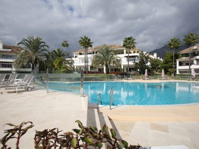 Spacious First Floor Apartment, Golden Mile, Marbella