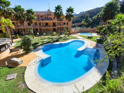 Top Quality Penthouse Next to the Golf Course, East Marbella