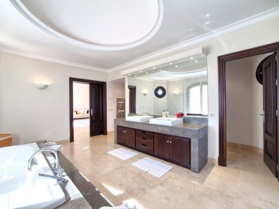 20_master_bathroom(1)