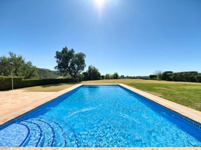 57_pool_garden_en_views