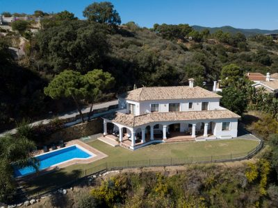 Classical Style Villa with Sea and Mountain Views in Benahavis, Marbella