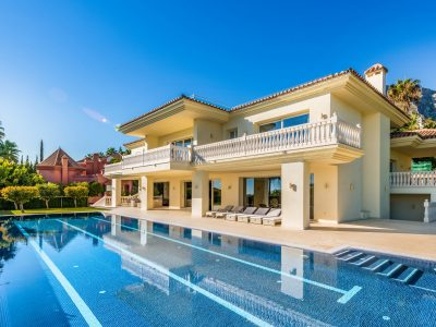 Luxury Villa with Panoramic Sea Views in Sierra Blanca, Marbella