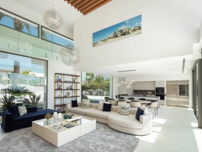 Villa Venere modern sea views villa for holiday rentals in Marbella (19)