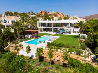 Villa Venere modern sea views villa for holiday rentals in Marbella (29)