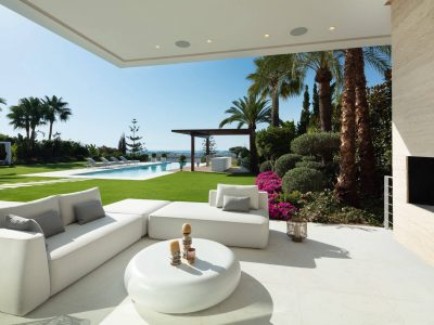 Villa Venere modern sea views villa for holiday rentals in Marbella