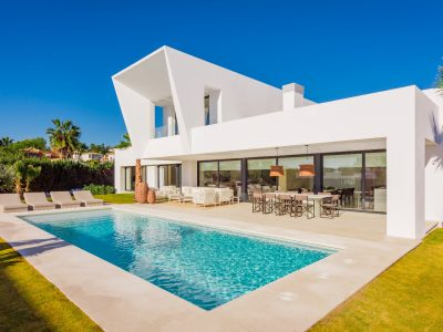 Villa Elias, Luxe villa te huur in New Golden Mile, Marbella