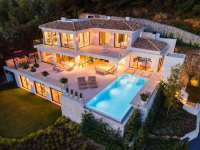 Exquisite Property in Cascada de Camojan, Marbella Golden Mile