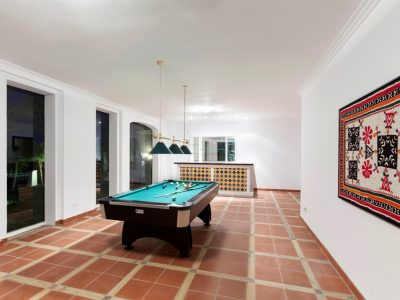 21 Entertainment Room by Pool