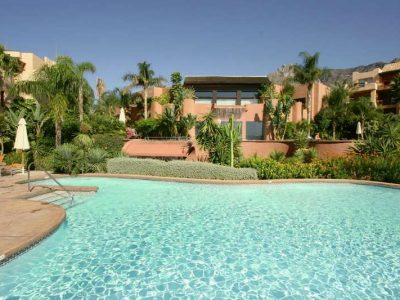 Luxury South Facing Ground Floor Apartment, Golden Mile, Marbella