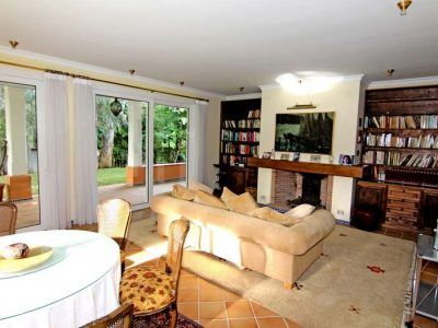 Peaceful beachside home with large plot 2
