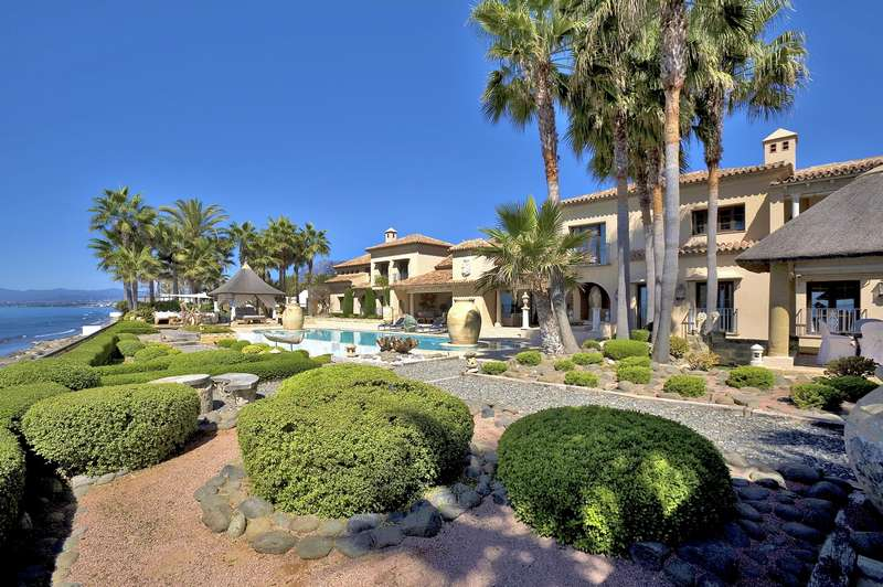 Luxury villas Los Monteros