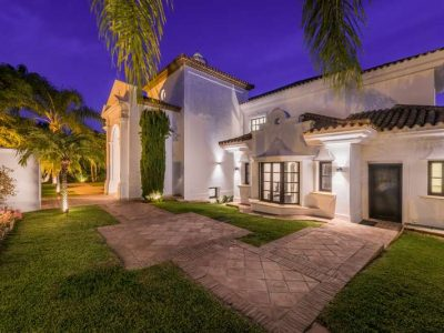 Stunning property in Marbella's most exclusive area 12