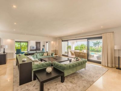 Stunning property in Marbella's most exclusive area 02