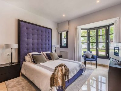 Stunning property in Marbella's most exclusive area 07