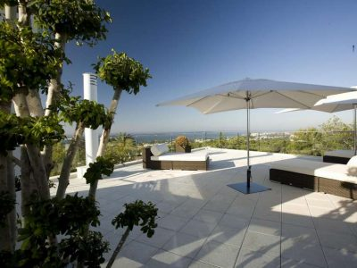Superb Contemporary Villa with Sea Views in Sierra Blanca